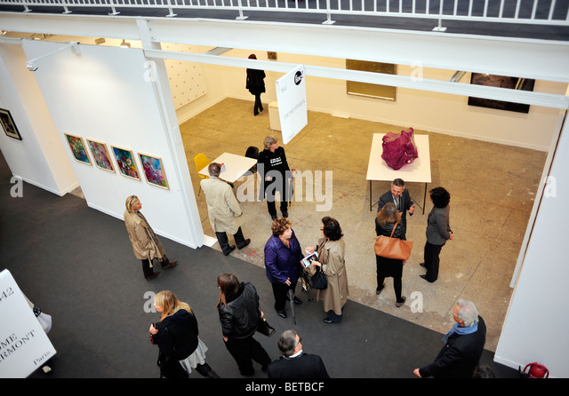 Paris, France, People Visiting Annual Contemporary Arts Show, FIAC, Trade Show in 'Grand Palais', Overview - Stock-Bilder
