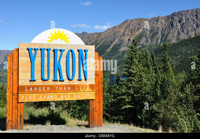 Yukon, Canada welcome sign - Stock Image