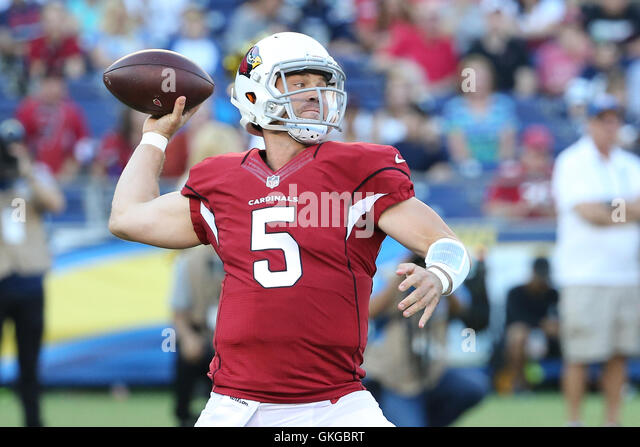 San Diego, CA, USA. 19th Aug, 2016. August 9, 2016: Arizona Cardinals quarterback Drew Stanton (5) prepares to make - Stock Image