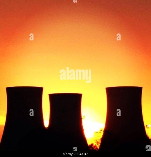 Sunset behind Didcot Power Station - Stock Image