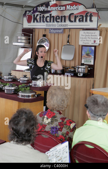 Florida Plant City Florida Strawberry Festival annual event Kitchen Craft cookware demonstration woman speaking - Stock Image