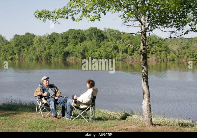 Alabama Monroeville Isaac Creek Campground Claiborne Lake Alabama River Lakes couple - Stock Image