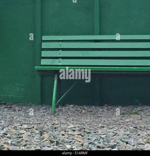 Empty bench - Stock-Bilder