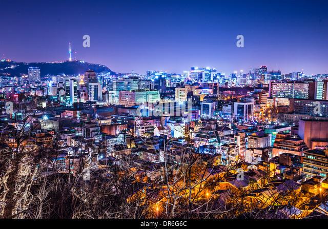 Seoul, South Korea skyline with Namsan Mountain and Seoul Tower. - Stock Image