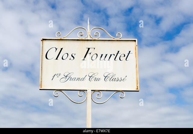 Sign for wine producer Clos Fortet in the St Emilion region of Bordeaux - Stock Image