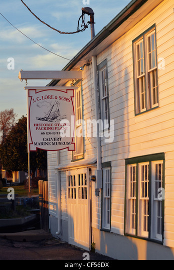 J. C. Lore & Sons Oyster House, Solomon's Island, Maryland. - Stock Image