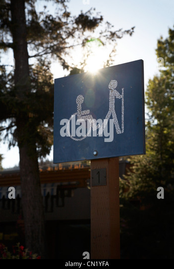 Wheelchair access sign - Stock-Bilder