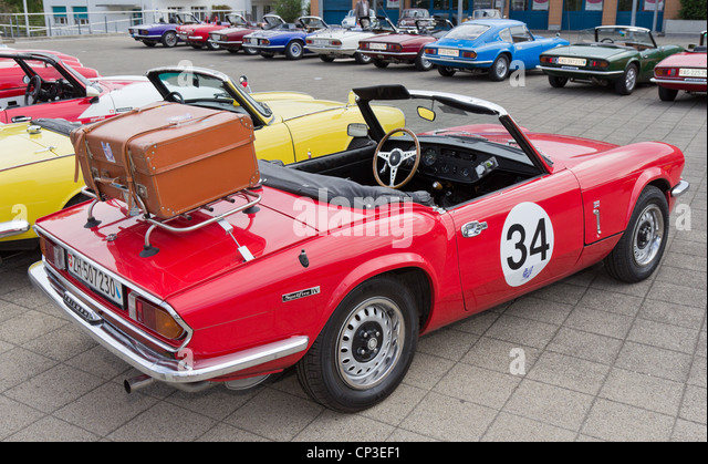 antique car trunk stock photos antique car trunk stock images alamy. Black Bedroom Furniture Sets. Home Design Ideas