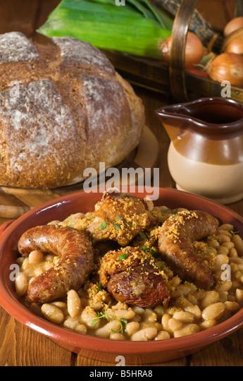 13 bean cassoulet recipe dishmaps - Cuisine easy toulouse ...