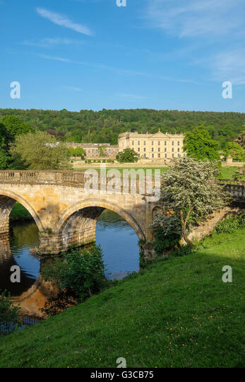 The bridge on the approach to Chatsworth House in Derbyshire - Stock Image
