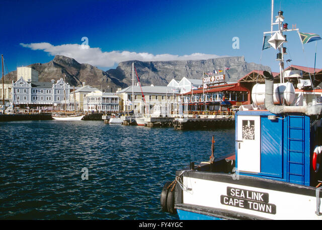Overview of Cape Town and harbor; Table Mountain; Cape Peninsula; South Africa - Stock Image