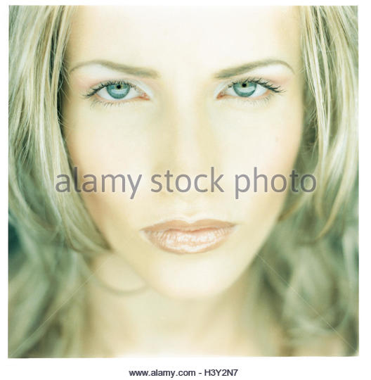 Woman, made up, seriously, portrait, decided, very close, confidently, self-confidently, self-assurance, self-confidence, - Stock Image
