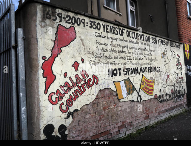 Belfast Falls Rd Republican Mural- Catalan Solidarity - Stock Image