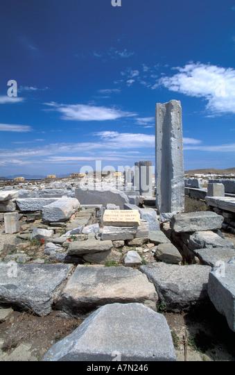GREECE Stoa of Philip at Delos blue sky archaeologic site - Stock Image