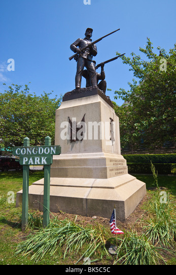 The Soldiers and Sailors Monument, erected by William Clark Noble in 1890 in historic Newport, Rhode Island, USA - Stock Image
