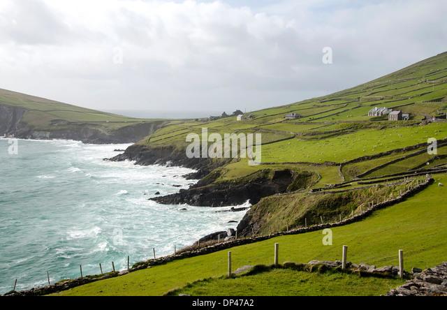 Slea Head Drive with the rough Atlantic coast, Dingle Peninsula, Ireland. - Stock Image