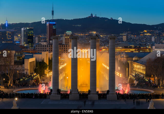 Night light show at Magic Fountain or Font Magica located in Montjuic, Barcelona, Catalonia, Spain - Stock Image
