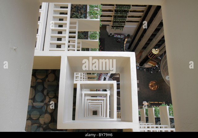 Atlanta Georgia Atlanta Hyatt Regency hotel lodging business chain lobby atrium architecture design shape square - Stock Image