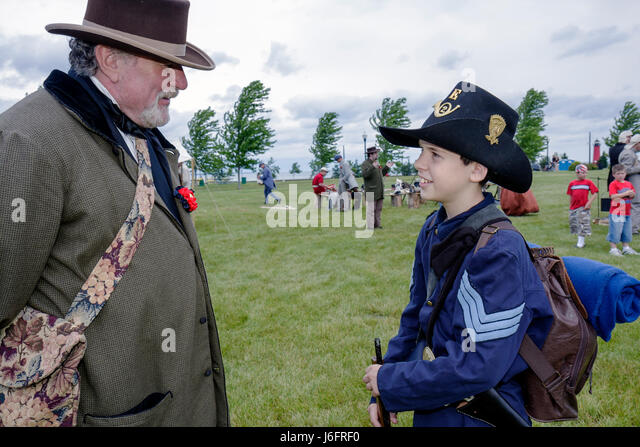 Wisconsin Kenosha Civil War Museum Civil War Days muster Park City Grays living history reenactor man boy mat militia - Stock Image
