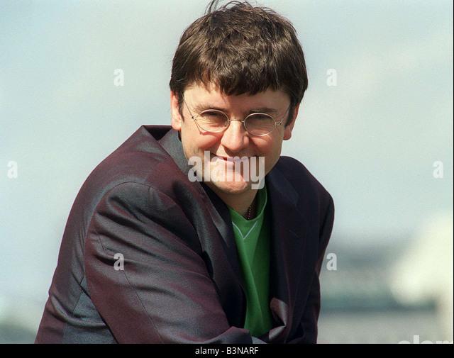 Joe Pasquale Comedian and TV Personality Mirrorpix - Stock Image