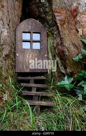 Fairy door stock photos fairy door stock images alamy for Fairy doors images