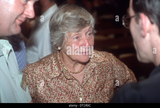DAME SHIRLEY WILLIAMS- A PROMINENT UK POLITICAL FIGURE - Stock Image