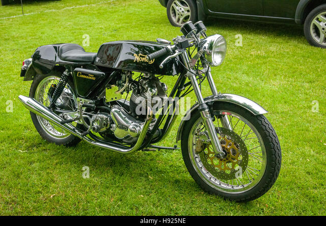 Vintage car show - Norton Commando 750 - Stock Image