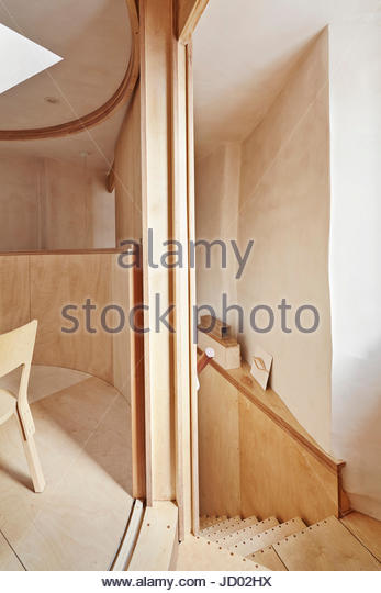 View of stairs and oval meeting room. Studio Totnes, Totnes, United Kingdom. Architect: David Sheppard Architects, - Stock-Bilder