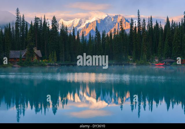 Sunrise Emerald Lake in Yoho National Park, British Columbia, Canada - Stock Image