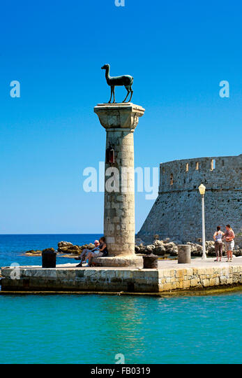 Mandraki harbour and fortress Agios Nicolaos in Rhodes town, Rhodes Island, Greece, UNESCO - Stock-Bilder