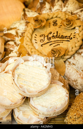 Paris France Place de la Madeleine Hediard gourmet shop  window cheese - Stock Image