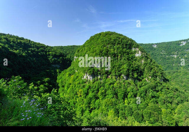 France, Doubs, Mouthier Haute Pierre, the Loue valley at the Nouailles canyon - Stock Image