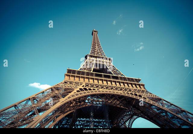 France, Paris, Low-angle view of Eiffel Tower - Stock-Bilder