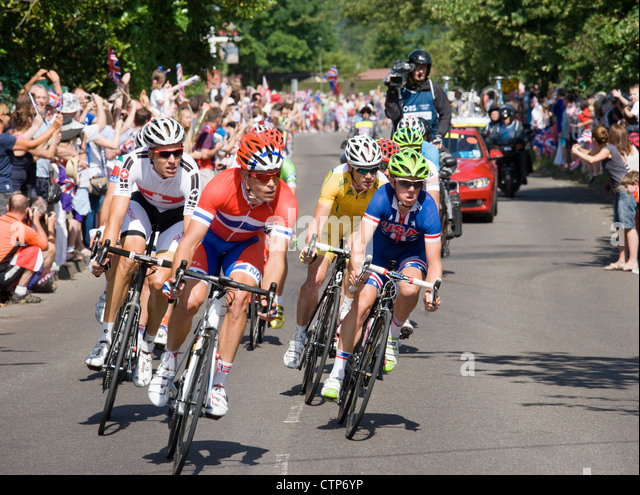 London 2012 Olympics, cycling, men's road race. The leading group at Ripley, Surrey. - Stock Image