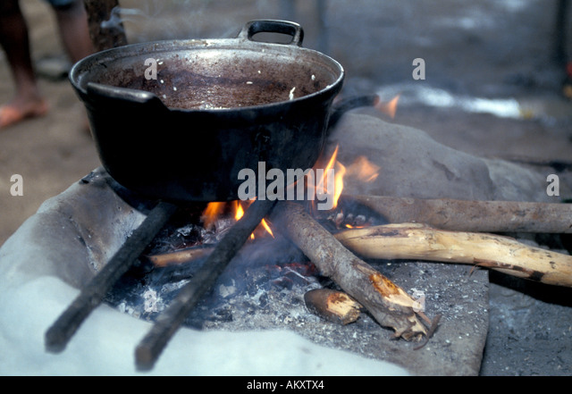 Nicaragua Miskito Coast mosquito indians cooking pot inside hut daily primitive life - Stock Image