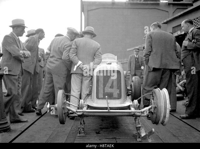 1930s MASERATI 8CM ON WEIGHBRIDGE - Stock Image