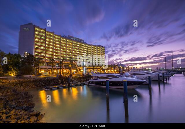 The Hotel Tivoli Marina at night, Vilamoura, Portugal - Stock Image