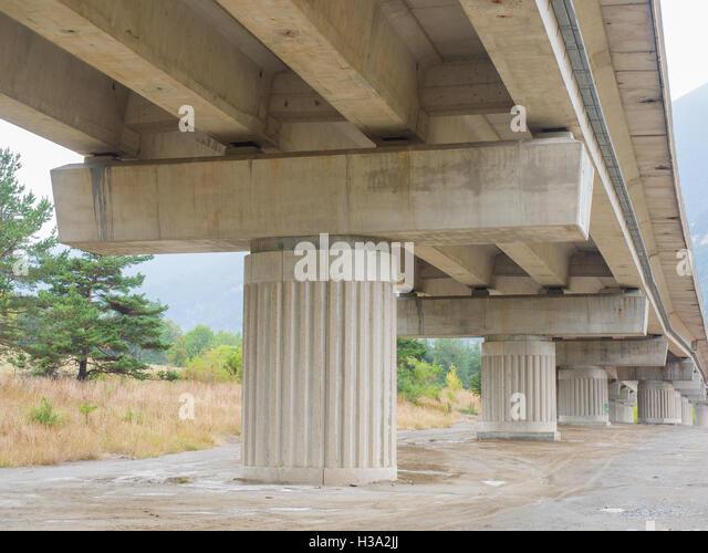 Reinforced Concrete Beam : Concrete beam stock photos images