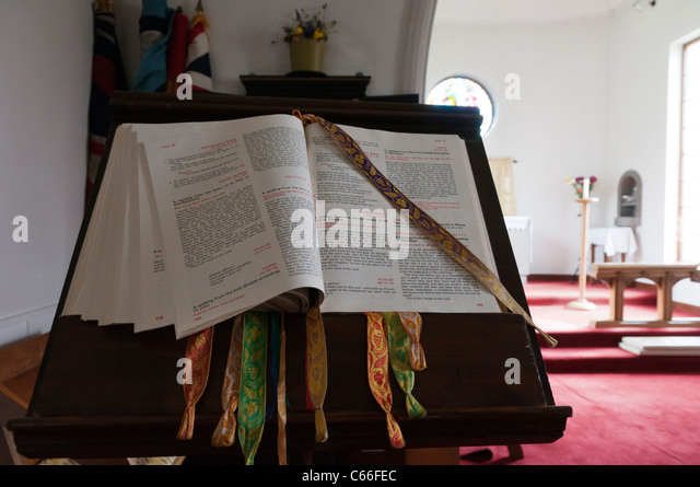 A large bible on a lectern in St Peter's church, Stornoway on the Isle of Lewis, Outer Hebrides - Stock Image