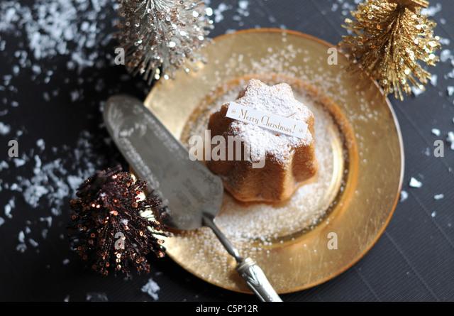 Italian Christmas cake (Pandoro) - Stock Image