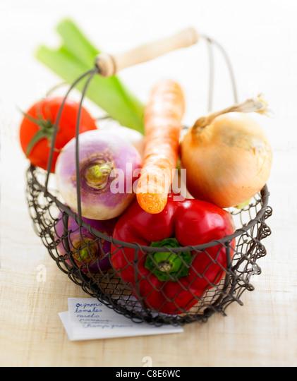 Basket of market vegetables - Stock Image