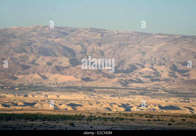 Israel, Northern District, Lower Galilee, the Jordan River valley and the mountains of Jordan in the background - Stock Image