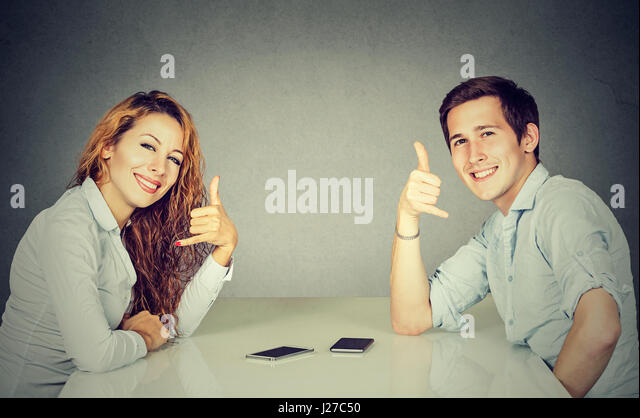 2 at a table speed dating