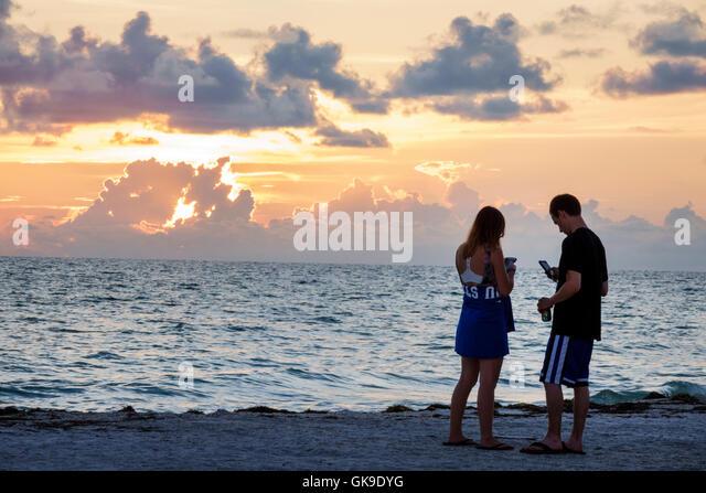 bradenton beach single men Meet single men in bradenton fl online & chat in the forums dhu is a 100% free dating site to find single men in bradenton.