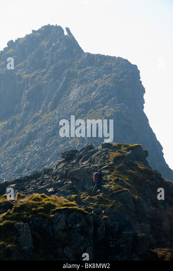 The steep ridge of Mynydd Drws-y-coed, Nantlle Ridge, Snowdonia, North Wales, UK - Stock Image