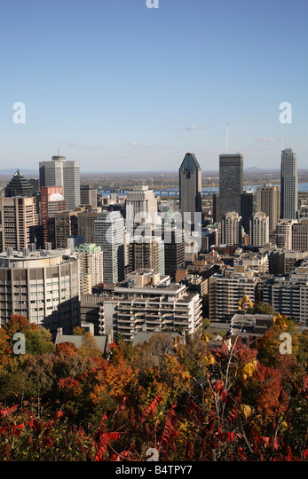 Canada Quebec Montreal skyline autumn foliage - Stock Image