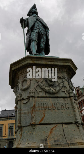 Statue for writer, essayist, philosofer, historian and playwright Ludvig Holberg, Baron of Holberg on Vågsallmenningen - Stock Image