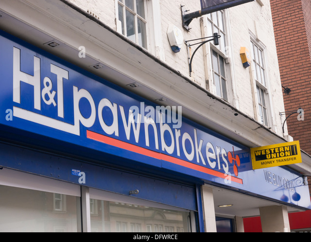 H&T Pawnbrokers in Nottingham. Provider of pawnbroking services, payday loans, cheque cashing, Nottingham, United - Stock Image