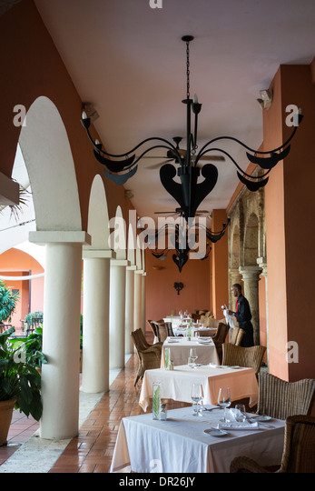 Ovando stock photos ovando stock images alamy for Hostal luxury