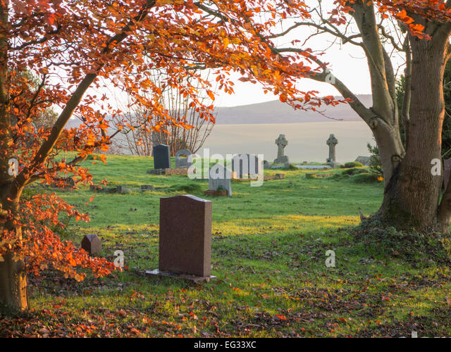 Tombstone Graveyard 6-Piece Set